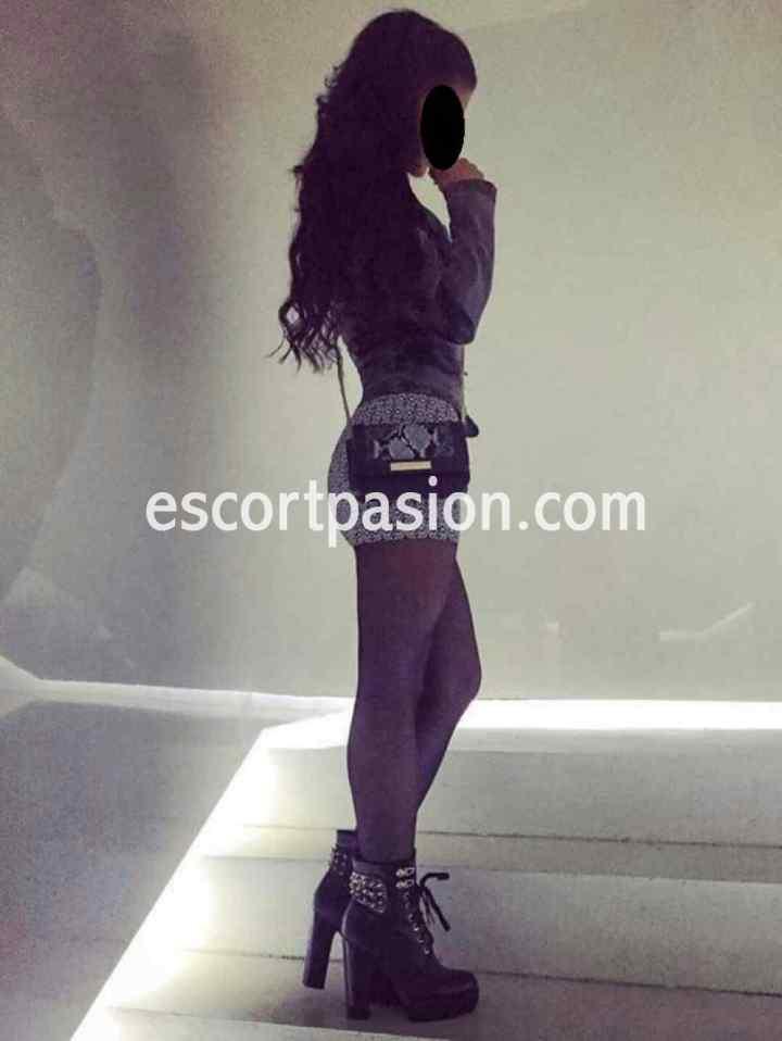 Raquel - joven Escort