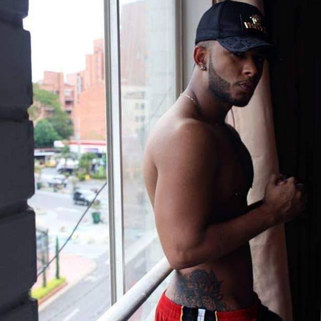 Alex- Escort gay de lujo en Madrid