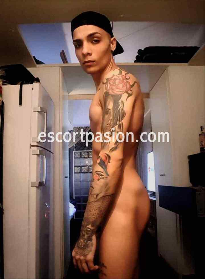 Izan Guerra  - Escort gay pasivo
