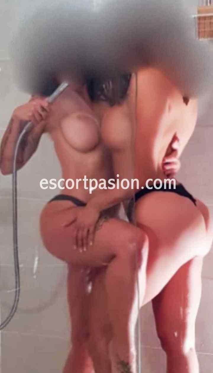 masajes con chicas sexys y amables ellas toman una ducha juntas o contigo