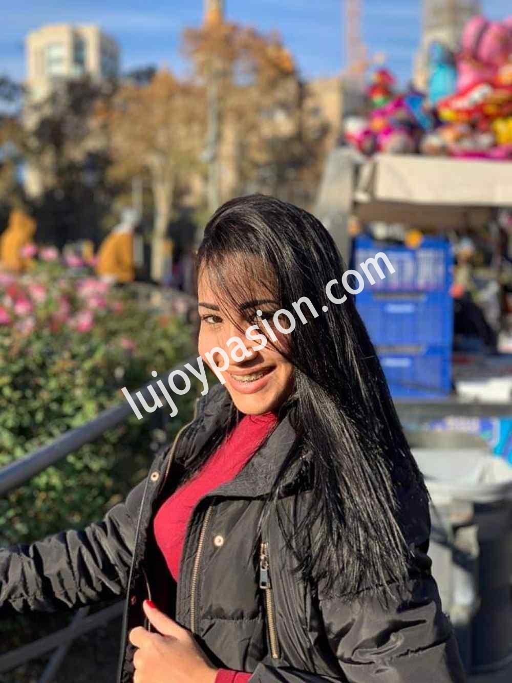 Karina- joven Escort en Barcelona