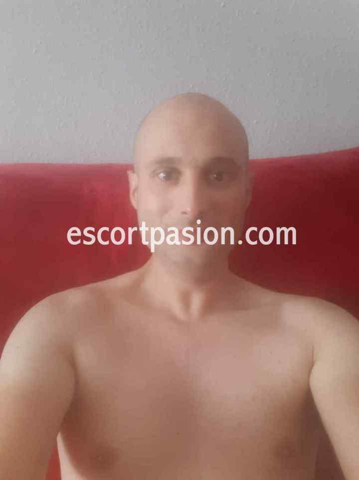 hombre para sexo gratis guapo de piel blanca tiene mucha leche
